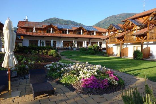 Dolomitengolf Hotel & Spa : Gartenansicht