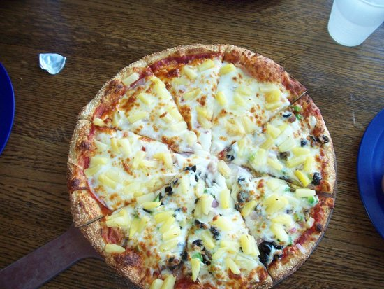 Sven and Ole's Pizza: pizza