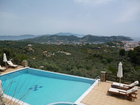 Skiathos Garden Cottages: the AMAZING pool!