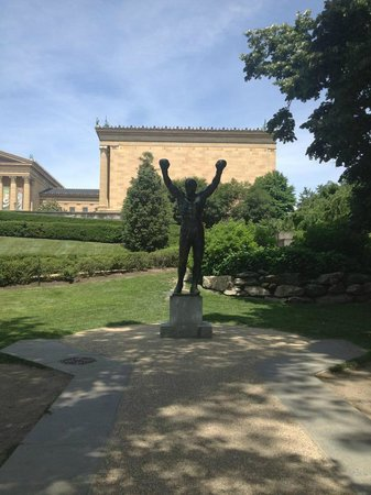 Philly Tour Hub : Rocky