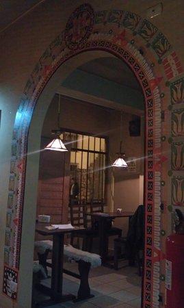 Pizzeria-Cafe Dinos: restaurant