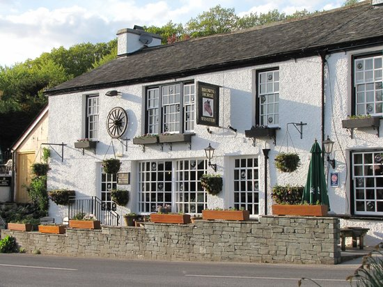 Brown Horse Inn: The Brown Horse in very gentle, beautiful countryside.