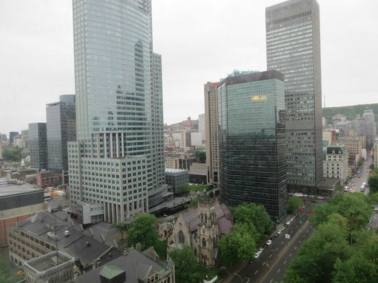 Montreal Marriott Chateau Champlain: View from room