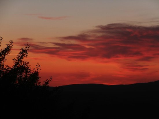 Les Terrasses du Luberon : Another amazing sunset!