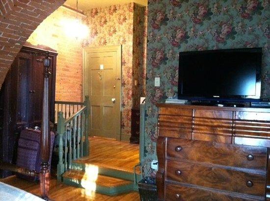 Fairholm National Historic Inn: Interior of room