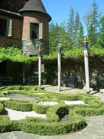 Naumkeag: The Afternoon Garden