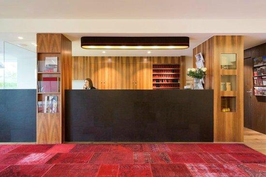 Hotel Schwärzler: Rezeption