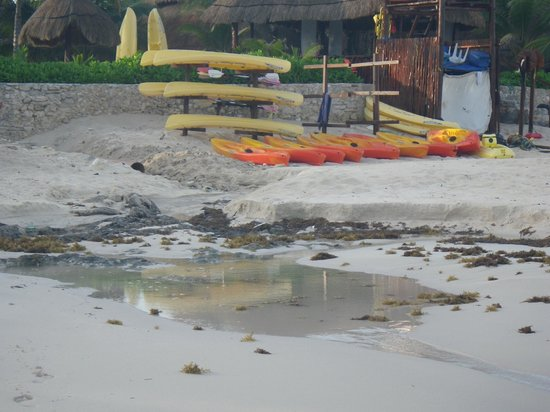 El Dorado Royale, by Karisma: nasty drainage on beach
