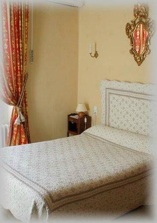 Hotel Montsegur: Chambre standard