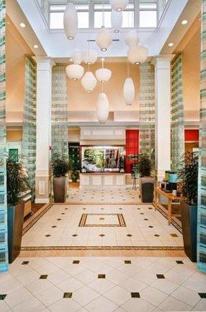 Hilton Garden Inn St. Louis/O'Fallon: Hotel Lobby