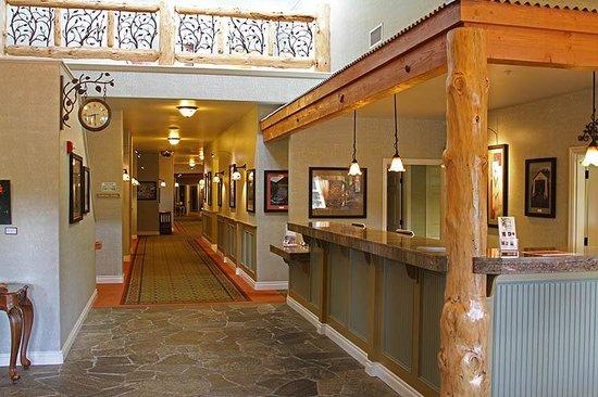 Oregon Garden Resort: Lobby