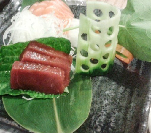 Restaurante Kazan: Sashimi de salmón y atún