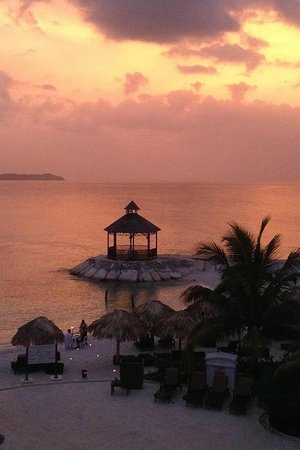 Secrets Wild Orchid Montego Bay: Evening Sunset
