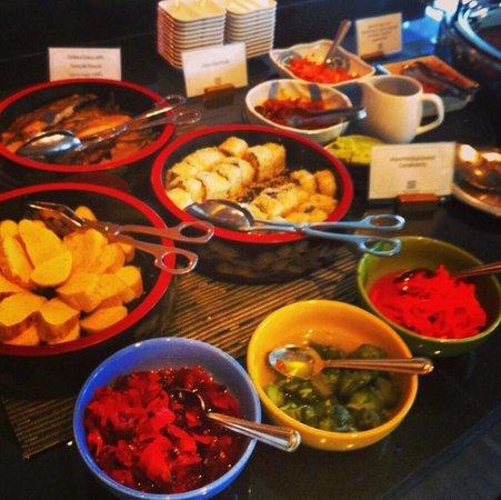 Century Park Hotel: Hotel breakfast