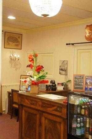Hotel Montsegur : La réception