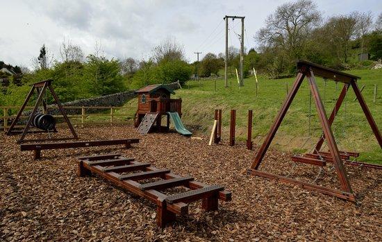 The Rising Sun Inn Restaurant: childrens play area