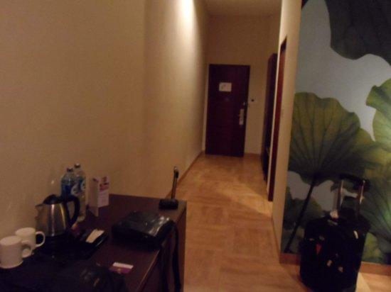 Kuta Central Park Hotel: door