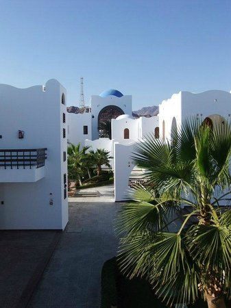 Dahab Resort: View towards reception
