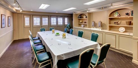 Dauphine Orleans Hotel: Patio Board Room | Meetings and Events