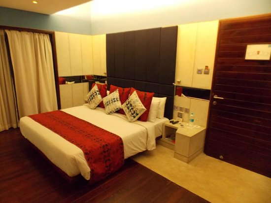 The Park on Vembanad Lake: Comfy Bed
