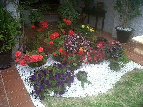 Malaga Hotel Picasso : Hotel garden