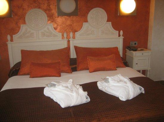 Salles Hotel & Spa Cala del Pi: le lit :-)