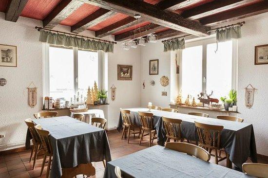 La Montagne Verte : salle du petit déjeuner