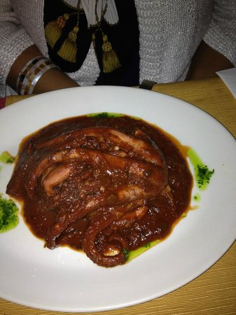 Gozitan : Polipo in umido (una porzione)