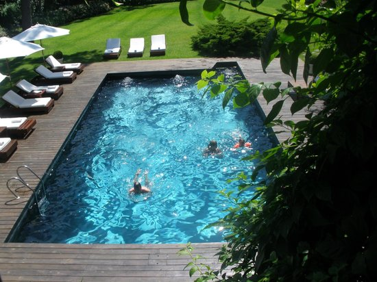 Barradas Parque Hotel & Spa: vista desde el dormitorio de la piscina exterior mas grande