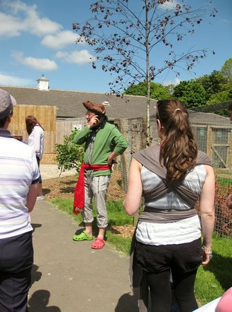 Kirkley Hall Zoological Gardens: Pirate Captain Raggy Beard