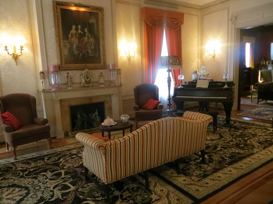 Samuel Culbertson Mansion Bed And Breakfast