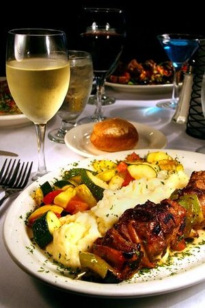Seaside Bistro and Bar : Early Bird 5-7 Salad, Entree, Dessert and a Glass of house wine
