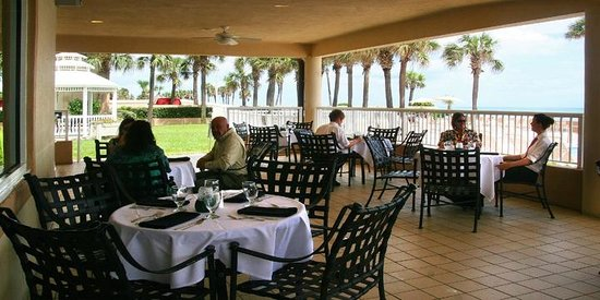 Seaside Bistro and Bar : The Veranda
