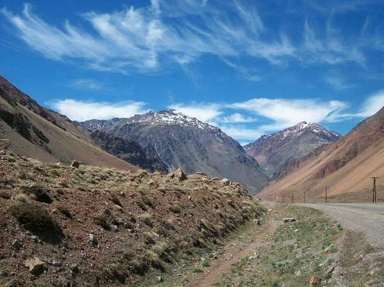 Mendoza Journeys: Cruce por la Cordillera hacia Chile
