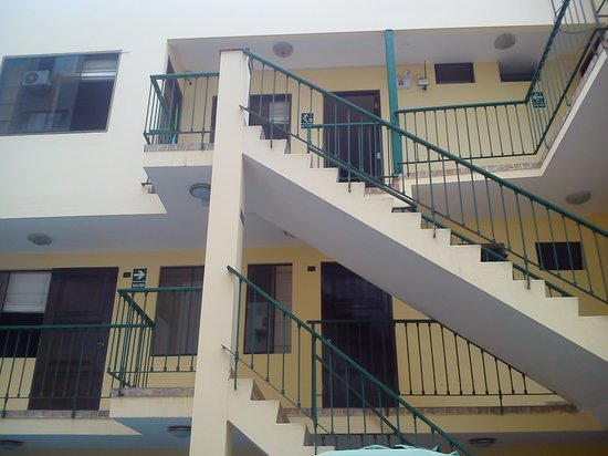 لاكتا هوتل: Interior hotel