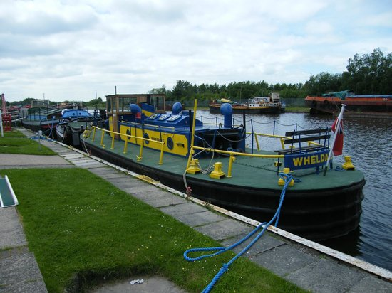 The Yorkshire Waterways Museum: Star of the Queen's Thames Pageant.