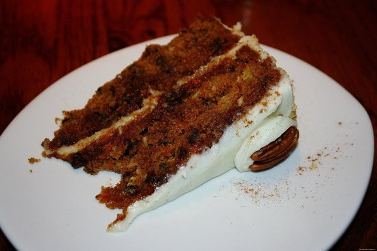 Outback Steakhouse: Carrot Cake