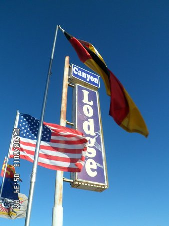 Canyon Lodge: Just a couple of the many flags