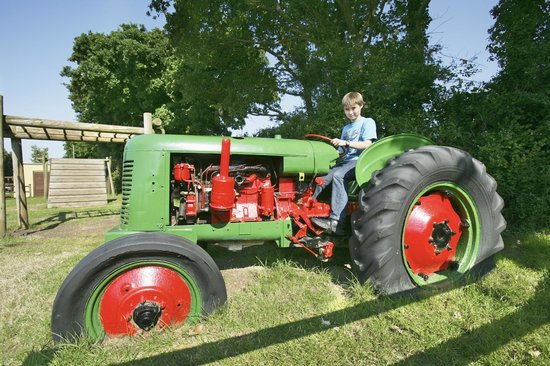 The Leadstone Camping tractor