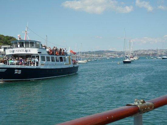Greenway Ferry Dartmouth: Entering Dartmouth.