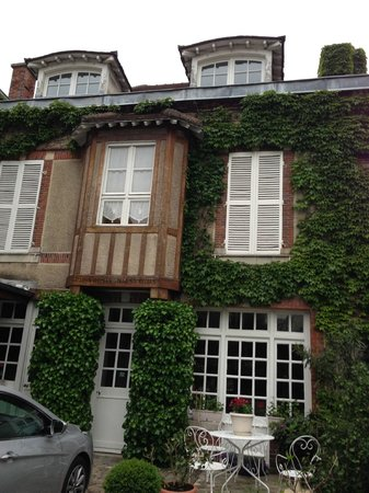 Parva Domus  - Famille Rimaire : front of the house.