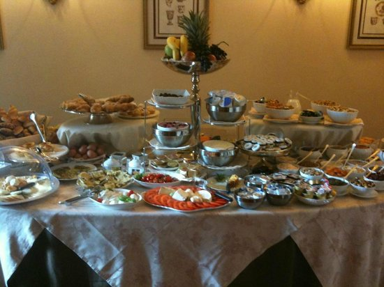 Villa Marsili: La Colazione