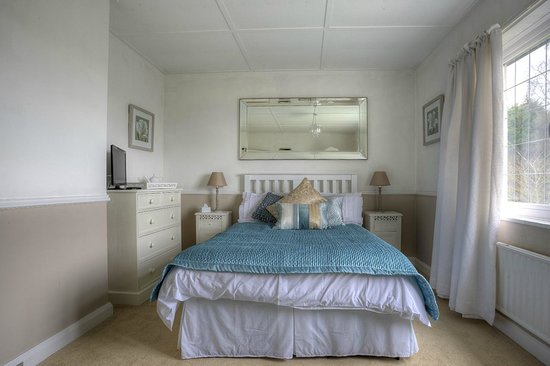 West Tyning Bed & Breakfast: Bedroom