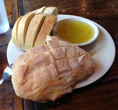 Tony's Pasta Shop & Trattoria: bread