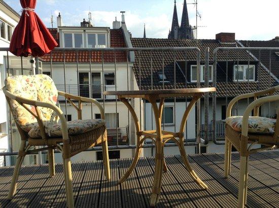 Hotel Ludwig: Balkon mit Domblick