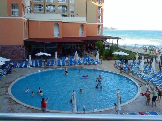 Sol Luna Bay : днтский бассейн