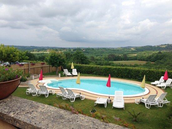 Hôtel Mounéa : Pool
