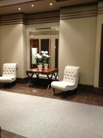 Hotel Royal William : hall d'entrée de l'hotel