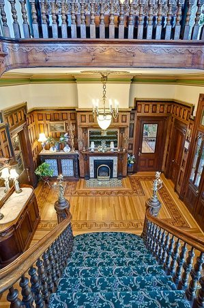 Amethyst Inn at Regents Park: Grand Lobby