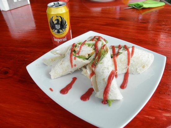ChillOut Restaurante: Chicken Wrap